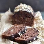 Chlebek czekoladowo-bananowy z orzechami