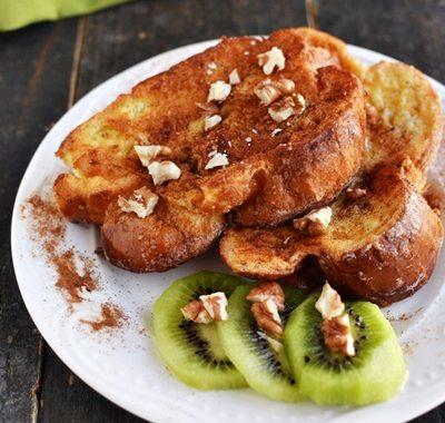 Francuskie tosty z owocami