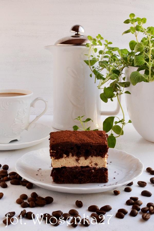 Ciasto kawowe z korzenną śliwką