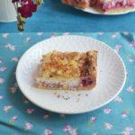 Ciasto z malinami i mleczną pianką cytrynową