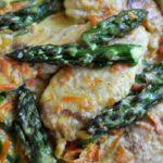 Kurczak z marchewką i szparagami