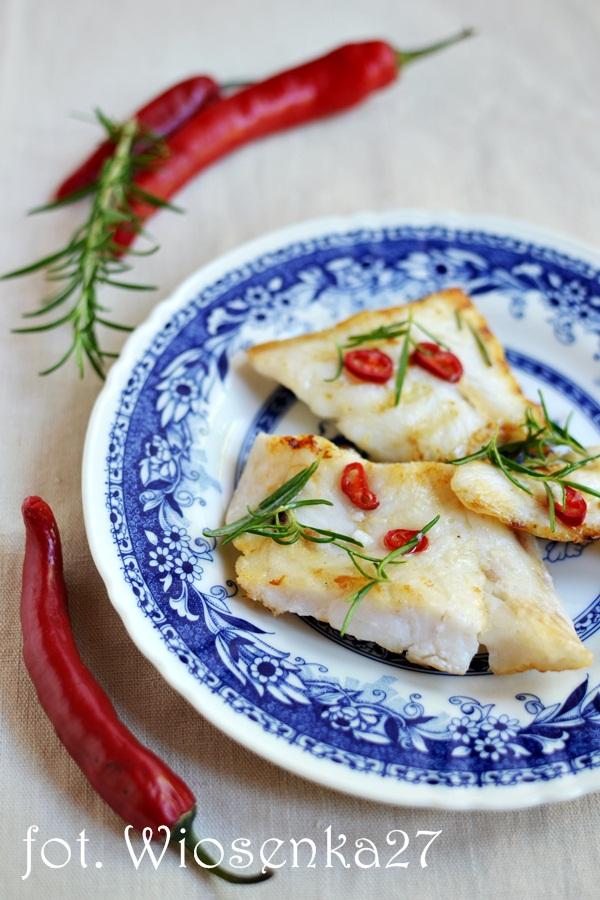 Ryba grillowana w chili i rozmarynie