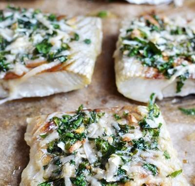 Ryba w skorupce ziołowo-parmezanowej