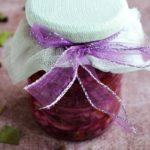 Różowa sałatka z kapusty