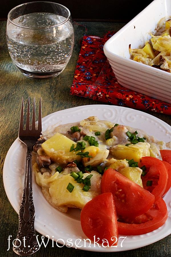 Zapiekanka ziemniaczana z jajkami i sosem beszamelowym