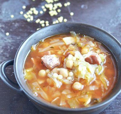 Letnia zupa z kapustą