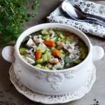 Zupa z cukinii i białej fasoli