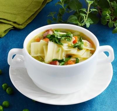 Zupa z zielonym groszkiem i łazankami